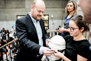 Sipral Supported the Fabrication of Commemorative Protective Helmets for Fresh Graduates of The Faculty of Architecture CTU - 3