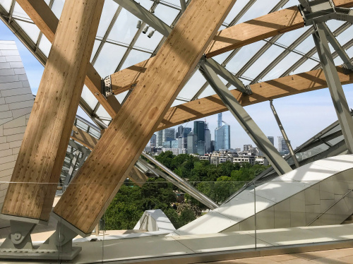 The Fondation Louis Vuitton is the focus of the latest episode of Surprising Buildings. Take a look at the result - 2